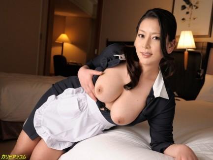 【おっぱい】脂が乗った熟女の巨乳がエロすぎる!【30枚】