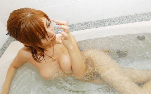 【おっぱい】ぷりぷりしたお肌の女の子たちのシャワー入浴シーンを集めてみた!