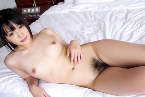 【おっぱい】ぺったんこな貧乳女子のエロ画像!【30枚】