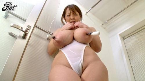 【おっぱい】これこそ奇乳!AV女優Hitomiのエロ画像【30枚】
