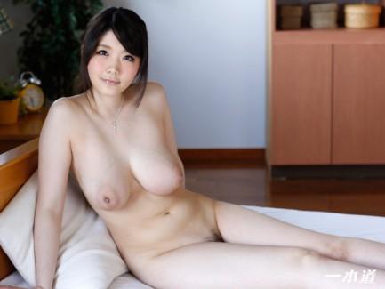 【おっぱい】真っ白な肌が美しいAV女優立川理恵のエロ画像!【30枚】