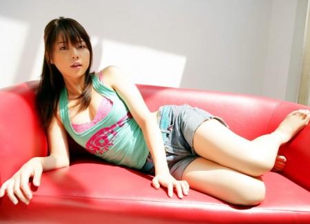 【おっぱい】キャンペーンガールからグラビアまで幅広く活躍していた吉岡美穂さんの画像がエロすぎる!【30枚】