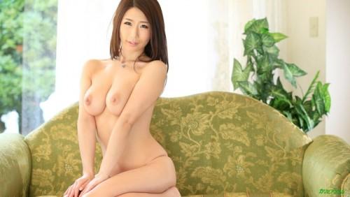 【おっぱい】Iカップで若い女の子にも負けていない!篠田あゆみさんの大きなおっぱい画像がエロすぎる!【30枚】