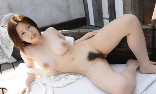 【おっぱい】HカップのおっぱいがそそられるAV女優奥田咲のエロ画像!【30枚】
