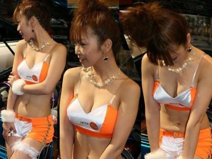 【おっぱい】キャンギャル・RQの豊満なおっぱいがエロすぎる!【30枚】