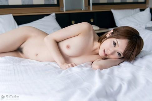 【おっぱい】女性シンガーからAV女優としてデビューした大人気な椎名そらちゃんのおっぱい画像がエロすぎる!【30枚】