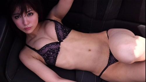 【おっぱい】ビリギャルの表紙モデルで一躍話題になったナイスプロポーションの石川恋ちゃんの画像がエロすぎる!【30枚】