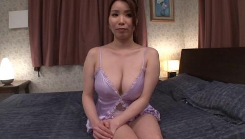 【おっぱい】撮影終わりにオフショットを取られてプライベートセックスを見せてくれる熟女AV女優のおっぱい画像がエロすぎる!【30枚】