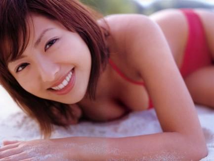 【おっぱい】「ミスマガジン2002」でグランプリバラエティーやドラマなど幅広い活躍をみせていた大人気アイドルだった和希沙也ちゃんのおっぱい画像がエロすぎる!【30枚】