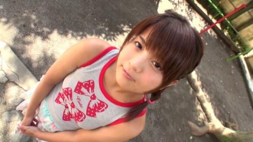 【おっぱい】垂れ目でフェラ顔がとっても可愛い!Eカップ巨乳の合法癒し系ロリAV女優・桜木郁ちゃんのおっぱい画像がエロすぎる!【30枚】