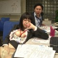 【おっぱい】二人っきりの残業中、エロ動画を見ながらオナニーの真っ最中!真面目でカワイイ新入女子社員のおっぱい画像がエロすぎる!【30枚】