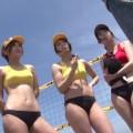 【おっぱい】引き締まったボディにクイ込むビキニ!太陽と青空の下ビーチFUCKを賭けて対決するビーチバレー選手のおっぱい画像がエロすぎる!【30枚】