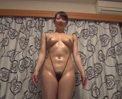 高身長の巨乳熟女のエロ画像集