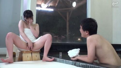 【おっぱい】出会ったばかりの初対面男性と男湯で生まれて初めての相互オナニーに挑戦した温泉旅行中の巨乳女子大生のおっぱい画像がエロすぎる!【30枚】