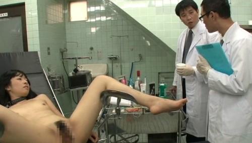 【おっぱい】絶叫昇天日用品オルガズムで実験台として刺激を浴びせまくられちゃう被験者女性のおっぱい画像がエロすぎる!【30枚】