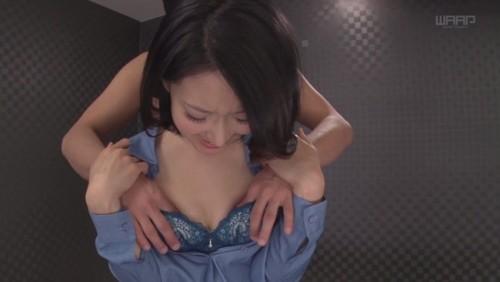 【おっぱい】175㎝の高身長ながら、神戸なまりのホンワカ関西弁で癒してくれるスレンダー美熟女さんのおっぱい画像がエロすぎる!【30枚】