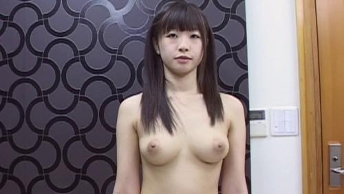【おっぱい】服の中はこんな風になっていたんだぁ…全裸観察されちゃう素人女性たちのおっぱい画像がエロすぎる!【30枚】