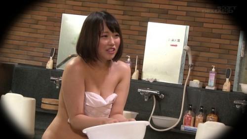 【おっぱい】男性客の股間にマッサージオイルを塗って自分の股間で揉みほぐしてあげる伊豆長岡温泉で見つけたお嬢さんたちのおっぱい画像がエロすぎる!【30枚】