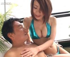 乳首を舐めて攻めてるセックス画像集