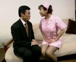 ナースのおっぱい舐めまくるセックス画像集