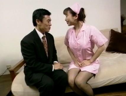 【おっぱい】舐めたいの~大きくしてあげるから入れて!と叫んじゃう巨乳看護師・美人看護師たちのおっぱい画像がエロすぎる!【30枚】