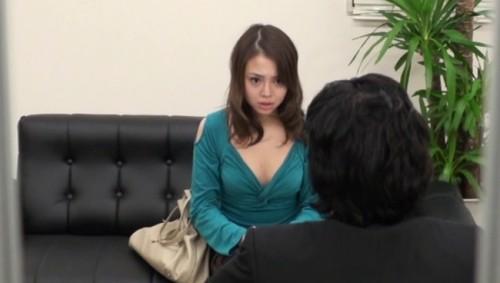 【おっぱい】借金を返済するためなら簡単に裸になってセックスまでしちゃう借金問題でお困りな女性たちのおっぱい画像がエロすぎる!【30枚】