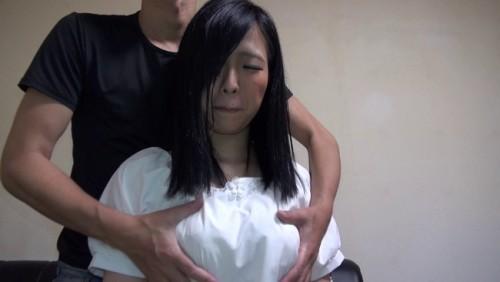 【おっぱい】控えめな感じかな?と思っていたら性欲は控えめではなかった巨乳素人娘ちゃんのおっぱい画像がエロすぎる!【30枚】