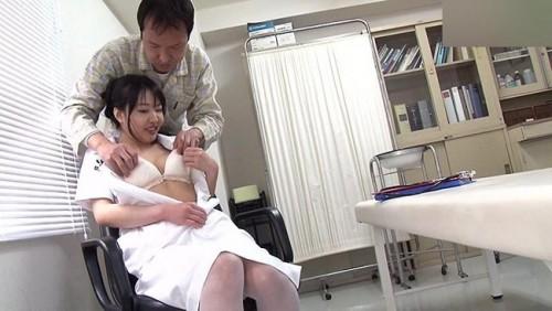【おっぱい】検査入院&生活改善で病院に入院したらヤラせてくれた噂の美人看護師たちのおっぱい画像がエロすぎる!【30枚】