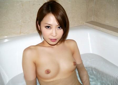 【おっぱい】風呂とか温泉のエロ画像って日本らしくていいよねwww【38枚】