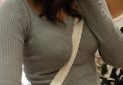 【おっぱい】ただの着衣巨乳には興味ありません!素人さんのパイスラが見たいんです!【35枚】