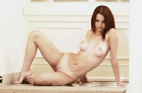 【おっぱい】ヌードって感じがする外国人の全裸おっぱい画像まとめwww【32枚】