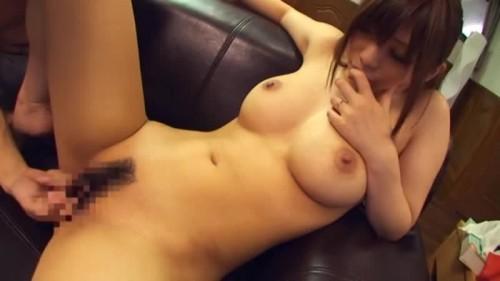 【エロ動画】欲求不満な巨乳若妻が友達の紹介で個人撮影会に挑んだ結果www【素人】