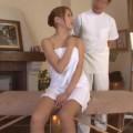 【エロ動画】性感エステにやってきたスレンダー美巨乳の人妻がテカテカエッチ!w【人妻】