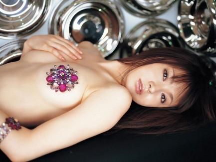【おっぱい】ニップレスで乳首だけ隠されているおっぱいの、あとちょっと感www【27枚】