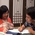 【エロ動画】一緒にコタツに入った兄嫁を足マンと手マンでこっそりイかせてみるwww【人妻】