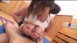 【エロ動画】爆乳のタンクトップ娘と体育倉庫的なところでパイズリセックス!【爆乳】