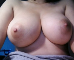 ナイス乳首なおっぱいエロ画像