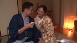 【エロ動画】温泉女将の小早川怜子がお酌しながら淫語で誘惑してくるからwww【小早川怜子】