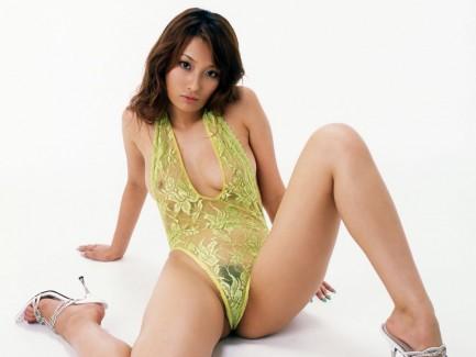 【おっぱい】おっぱいをより美しく見せるなら全裸よりもスケスケランジェリー!w【30枚】