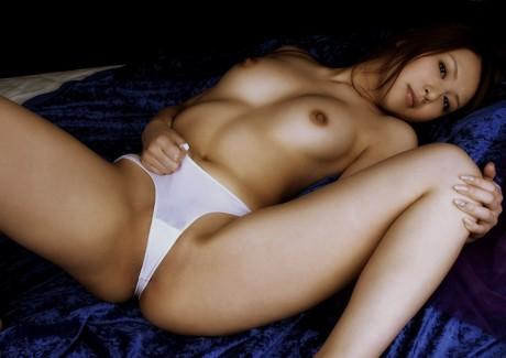 【おっぱい】オカズがなくて困っているときに便利なセックス系のよろず画像まとめ!【30枚】