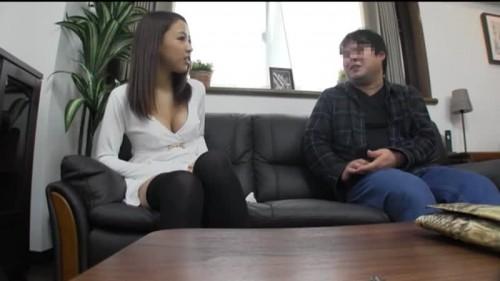 【エロ動画】美人系の素人女性に童貞臭がすごい男を逆ナンさせる!w【素人】