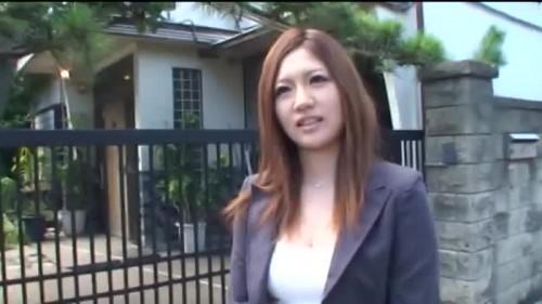 【エロ動画】アロマのアンケートとしてナンパしたOLに媚薬を嗅がせるwww【素人】