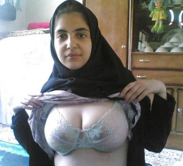 nude-muslim-girls-big-boobs-1 - コピー