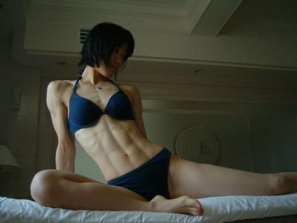 【おっぱい】ふっくらおっぱいなのに腹筋はカッチカチのムキムキな筋肉おっぱい画像集【80枚】