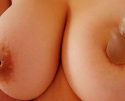 陥没乳首のおっぱい画像集