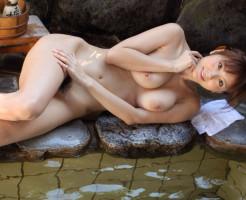 麻美ゆまのおっぱい画像集